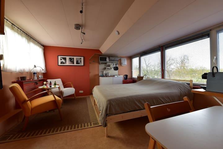Fijne slaapgelegenheid bij centrum - Zwolle - Ev