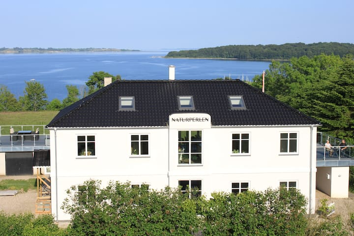 Romantik apartment with sea view (Hemsen) - Rødekro - Apartamento