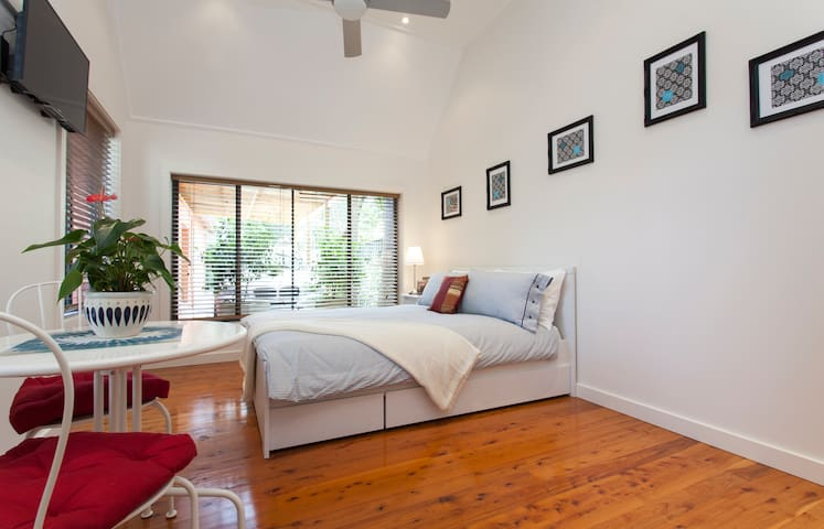 Private detached studio near Manly - Seaforth - Cabane