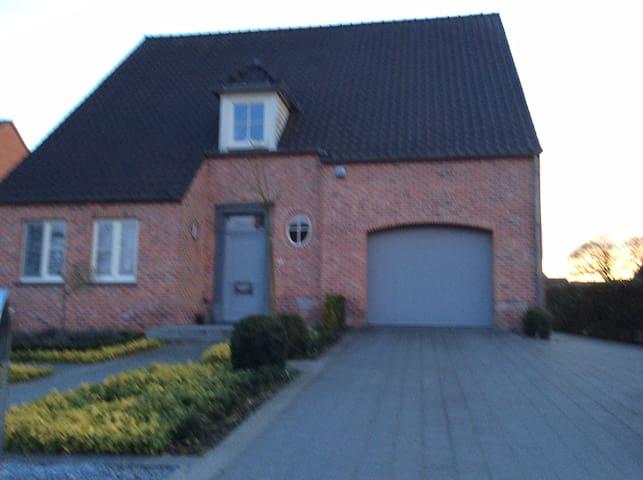 Fietsen op het platteland - Meeuwen-Gruitrode - Hus