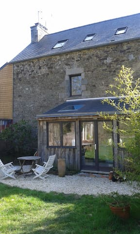 Maison en pierres bords de Rance - Plouër-sur-Rance - Hus