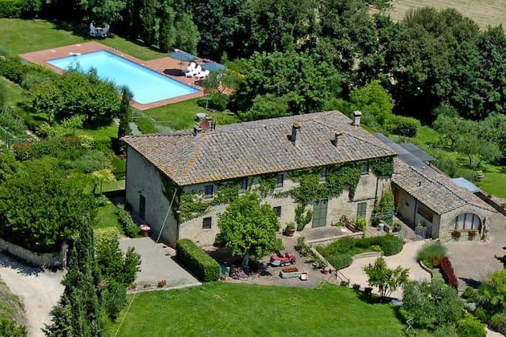 Chianti Romantic 8people big Flat with Pool - Poggibonsi - Casa