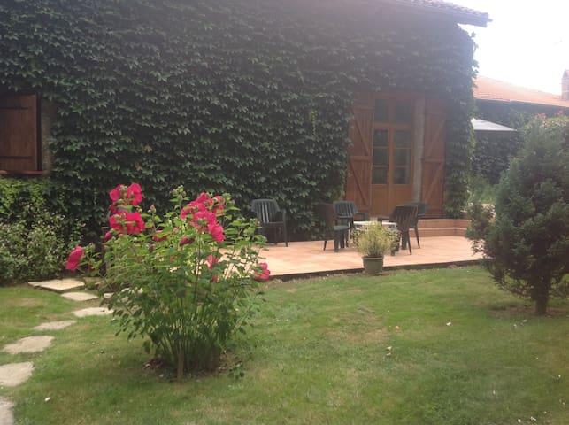Superbe grange rénovée - Saint-Aunix-Lengros