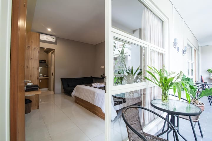 Cozy Studio in the Heart of Bali + Breakfast - Denpasar
