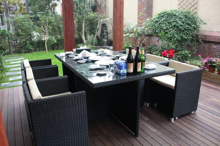 西溪湿地边别墅独立房间(豪华大床房) - Hangzhou - Villa