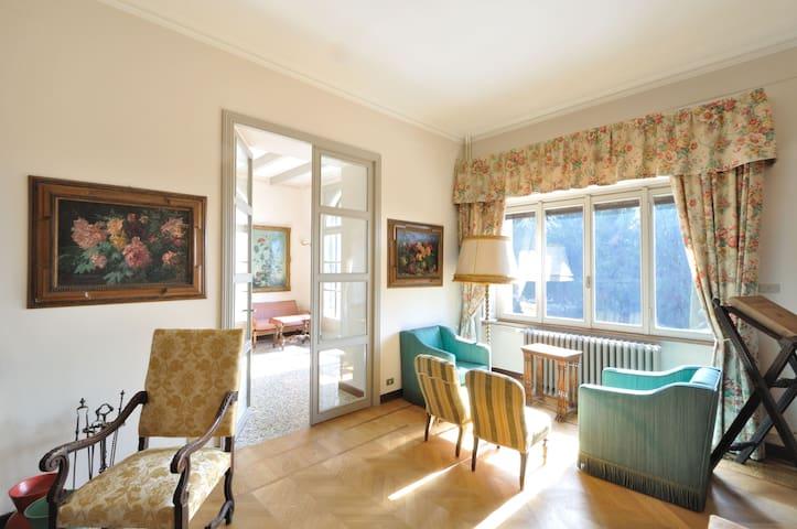 Charming Villa between Milan &Lakes - Barzanò - Vila