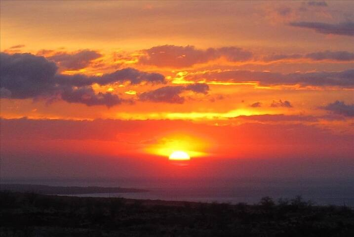 Superb ocean and mountain view Bed & Breakfast - Waikoloa Village