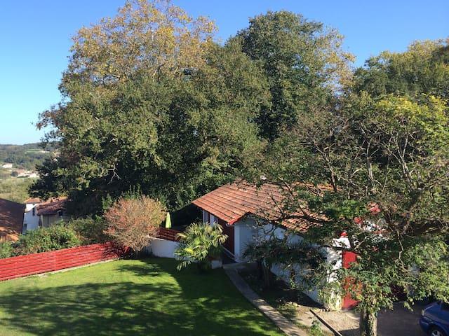 Maisonnette cosy,  terrasse, jardin - Pyrénées-Atlantiques
