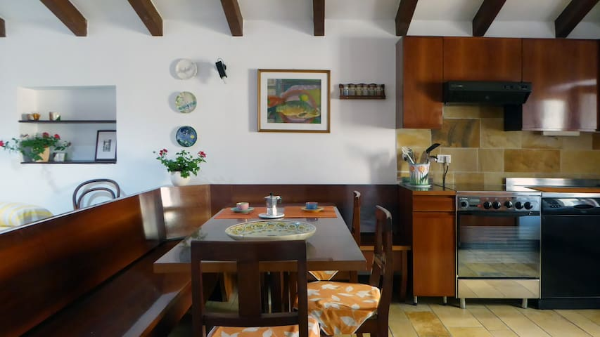 Cosy apartment 1 min to the lake II - Garda - Appartement