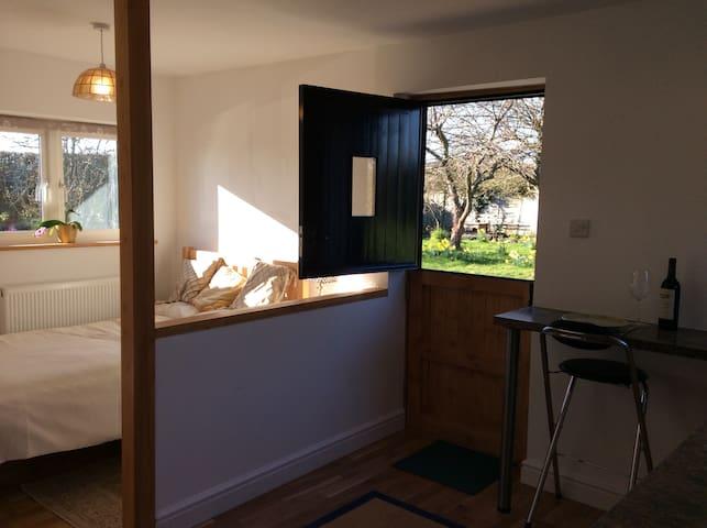 Studio flat - Midgham - Hus