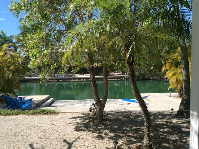 Private waterfront guest house - Summerland  Key - Rumah