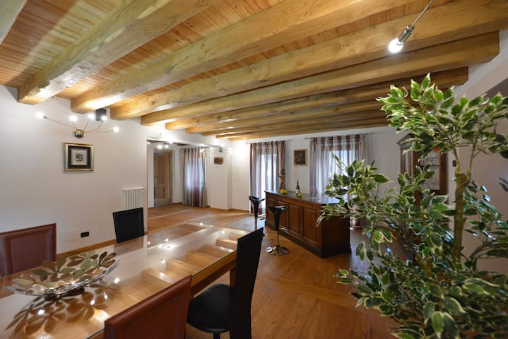 Villa in montagna (4-15 persone) - Chambave - Villa