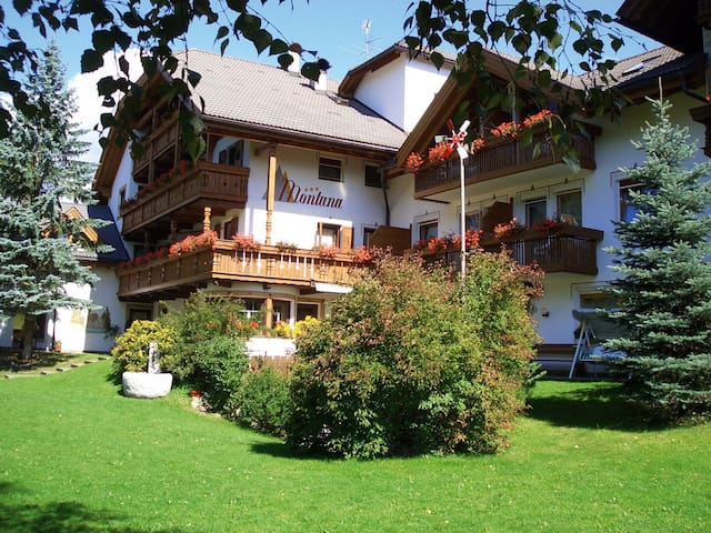 Ferienwohnungen in den Dolomiten - Rasen-Antholz - Appartement