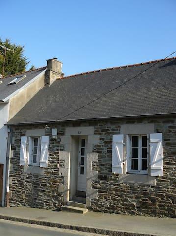 Maison typique en coeur de ville - Lannion - Hus