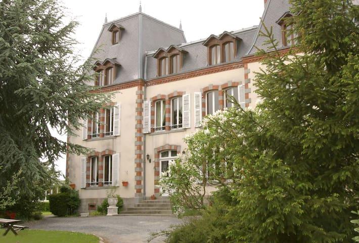 Château of Montmireil - Canisy - Kasteel