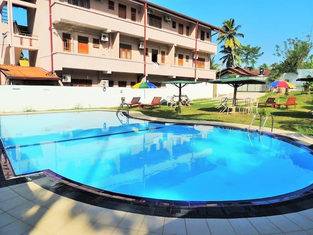 TWO BED ROOM APARTMENT - Colombo Airport/Andiambalama/Colombo - Lägenhet