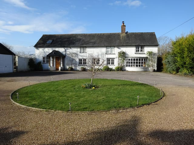 Hunters Croft - Sway - Bed & Breakfast