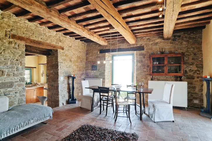 Wonderful Tuscan villa for friends & family - - Arezzo - House
