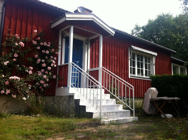 Holiday house 2 hours from Cph - Hässleholm - Casa de campo
