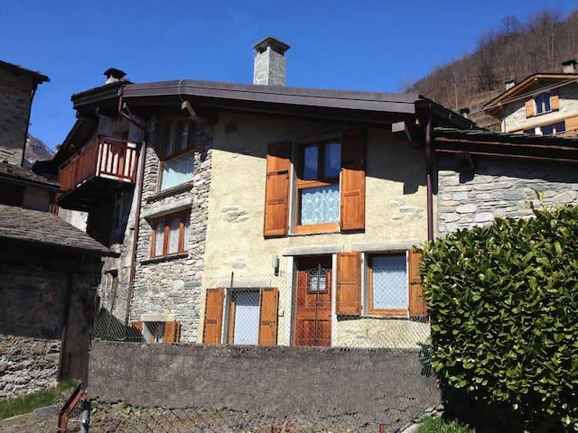 Chiesa in Valmalenco Casa in borgo  - Vassalini - Departamento