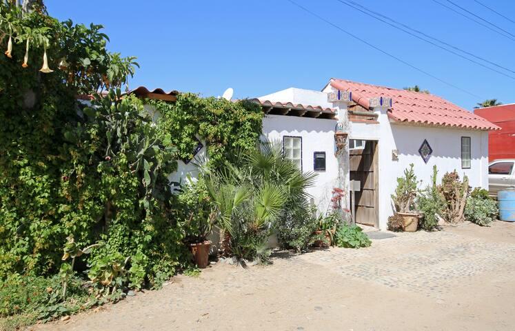 Beachside Casita Bonita para Tu - 羅薩里托(Rosarito) - 家庭式旅館