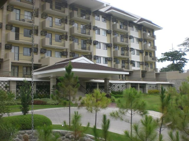 Studio unit furnished @ Northpoint - Davao City - Daire