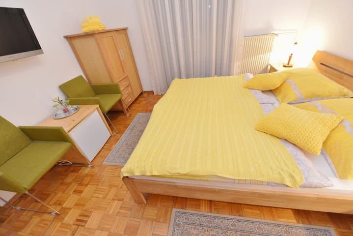 Country house rooms R2 - Bled - Bed & Breakfast