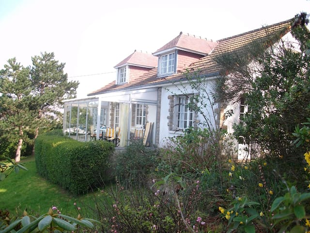 House with a sea view in Normandy  - Maupertus-sur-Mer - Ev