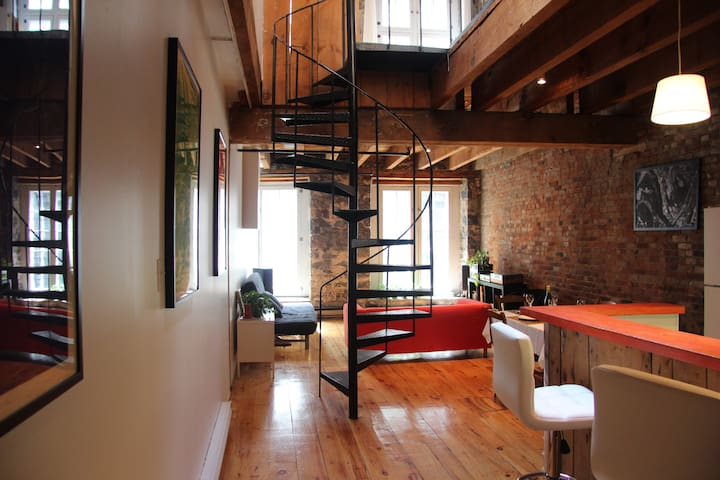 Beautiful loft in Old Montreal - 蒙特利爾 - 公寓