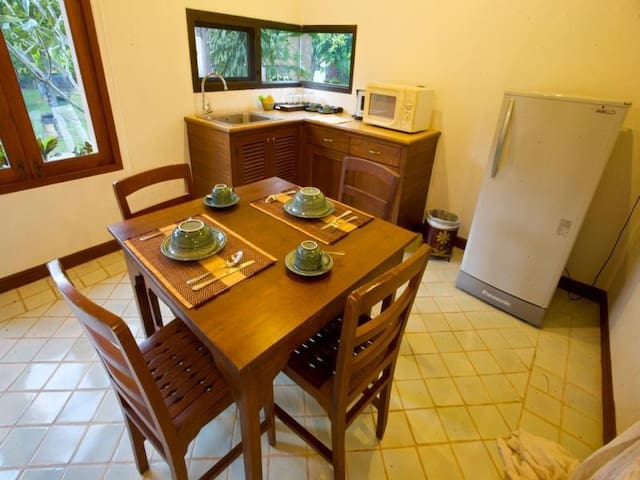 清迈二居室独立一层别墅,独立的楼台阁楼,泰北风光尽收眼底 - Tambon Rim Tai - Vila
