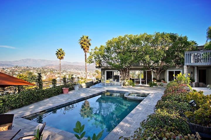 Private Pool House with Amazing Views! - Los Angeles - Appartement