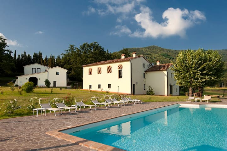Amazing apt in Tuscan farmhouse - Montemurlo - Appartement