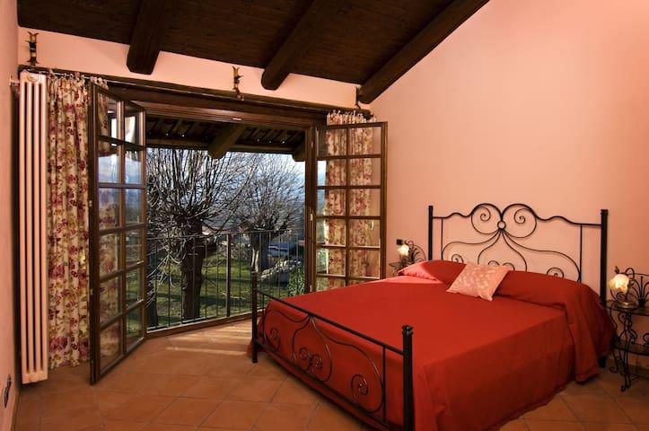 Castello di Moncrivello - Moncrivello - Bed & Breakfast