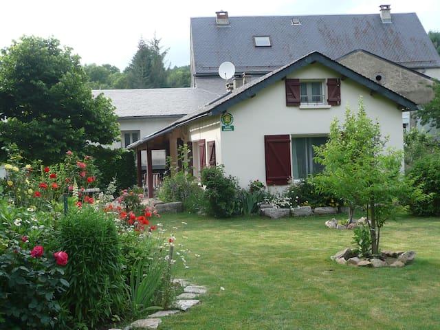 maison de campagne les jardins - Cambon-et-Salvergues - Dom