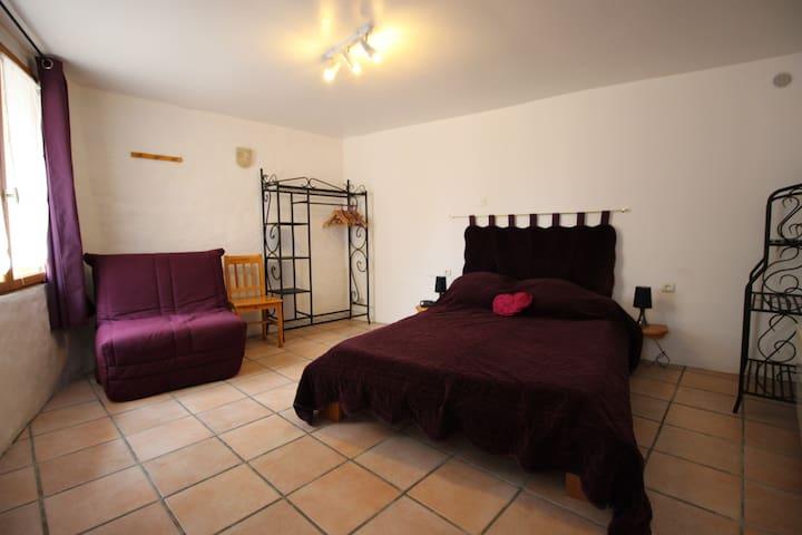Gîte WIFI et jacuzzi Aude près châteaux cathares - Mouthoumet - Casa