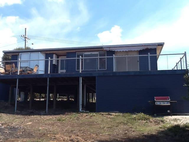 Beach House - Greens Beach - Huis