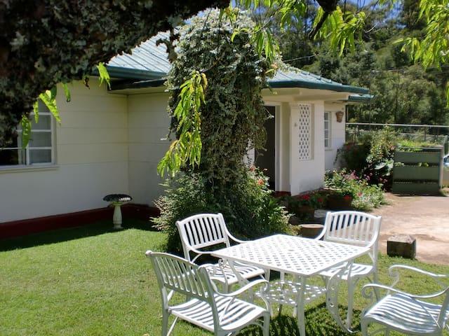 Ebenezer Cottage, 8 Bloomfield Road - Nuwara Eliya - Huis