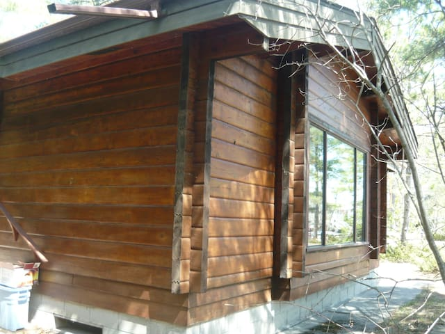 Winterized cozy 3BD on the Lake! - Penetanguishene - Kabin