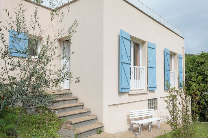 Studio apartment, all comfort - Foix - Дом