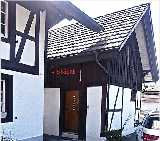 """Stöckli"", mini Bauernhäuschen - Stadel bei Niederglatt"