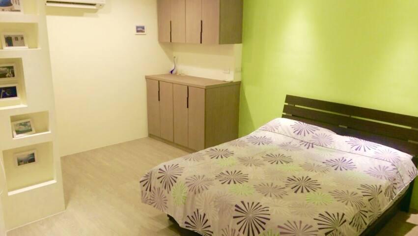 永恆之星精美一層一戶2樓套房。乾淨,清爽,有家的溫馨 - Sanchong District
