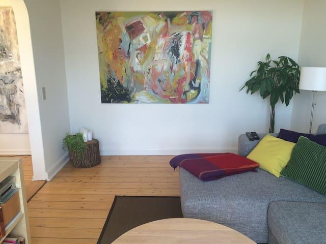 Bright 3-bedroom apartment - Odense - Leilighet