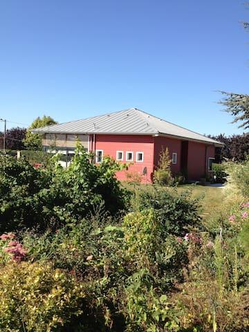 House in rasperry field - Rouy-le-Petit