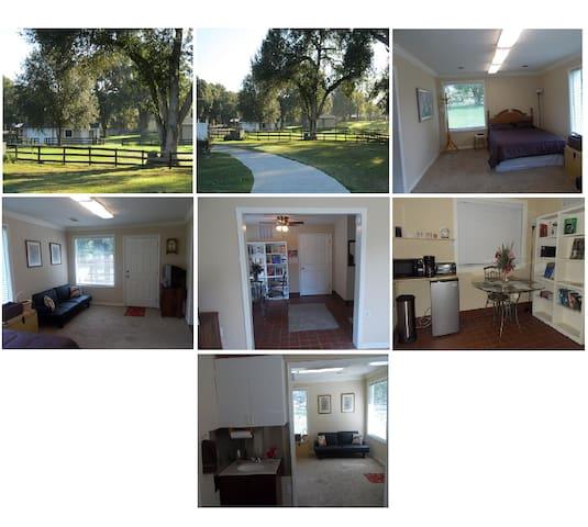 Cozy studio on private Ocala ranch - Ocala - Leilighet