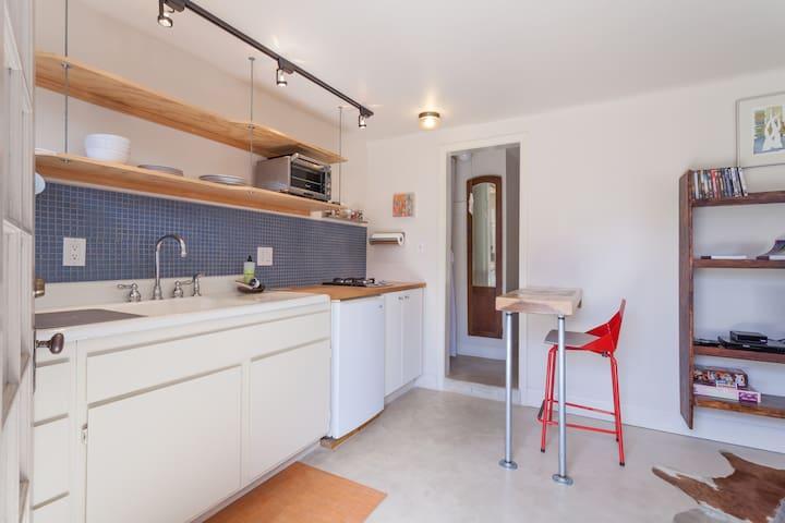 The Corner Abode - San Luis Obispo - Appartement
