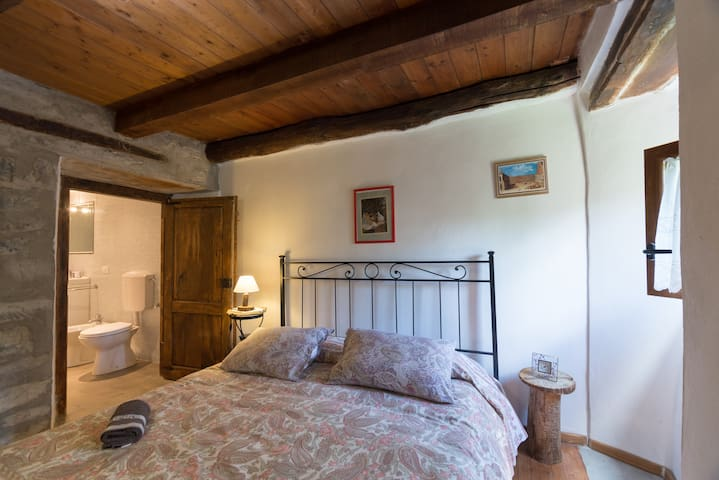House in the woods-Il Melograno - Posola