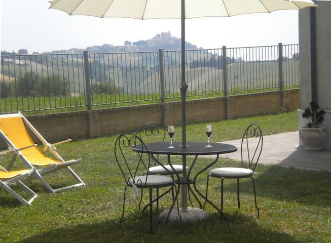 Casa in collina vicino al mare - Acquaviva Picena - Bed & Breakfast
