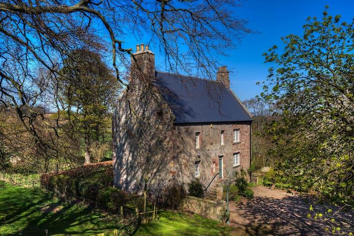 Historic house, Scottish Borders - Eyemouth - Casa