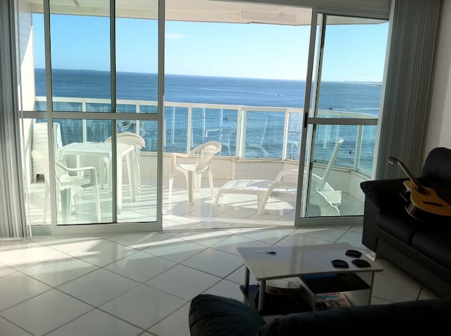 Exuberant apartment facing the sea - Guarapari - Daire