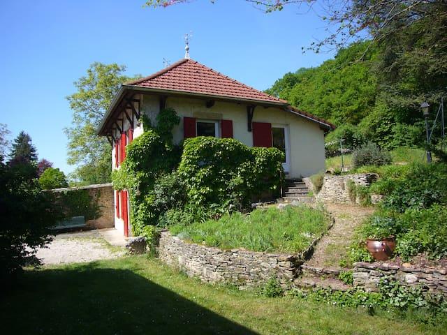 Maison à la campagne - Dizimieu